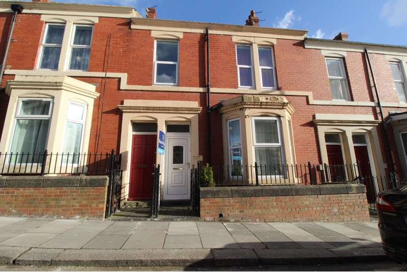 2 Bedrooms Property for sale in Hampstead Road, Benwell, Newcastle upon Tyne, Tyne and Wear, NE4 8AD
