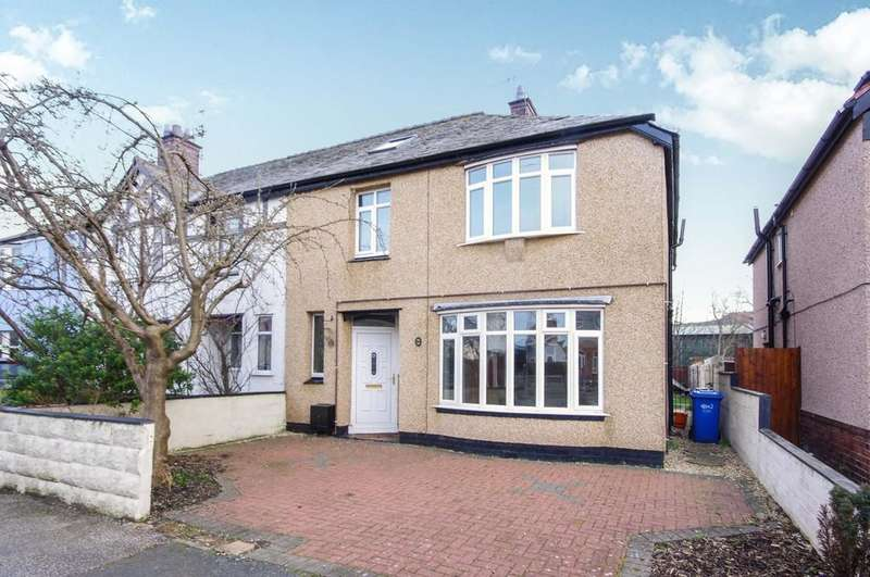 4 Bedrooms Semi Detached House for sale in Highbury Avenue, Prestatyn