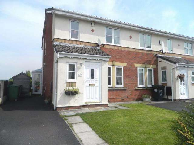 3 Bedrooms Semi Detached House for rent in Cranberry Drive, Bolton, BL3