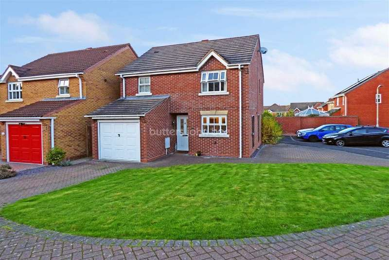 3 Bedrooms Detached House for sale in Ironstone Close, St Georges, Telford