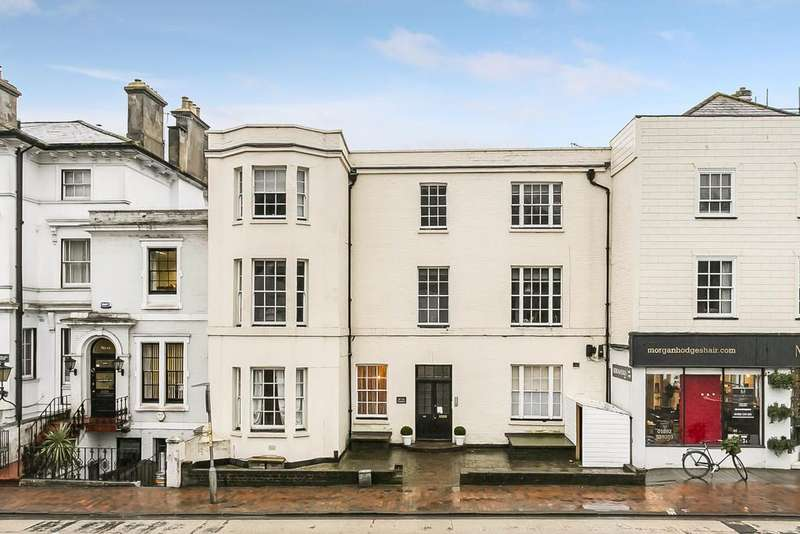 2 Bedrooms Apartment Flat for sale in The Pantiles, Tunbridge Wells