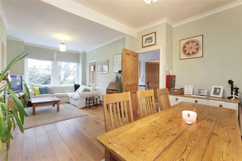 4 Bedrooms Flat for sale in Badminton Road, Nightingale Triangle, London, SW12