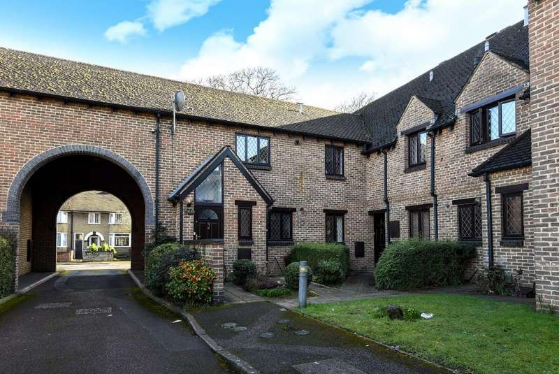 2 Bedrooms Flat for sale in Rose Court, Oxford, OX4