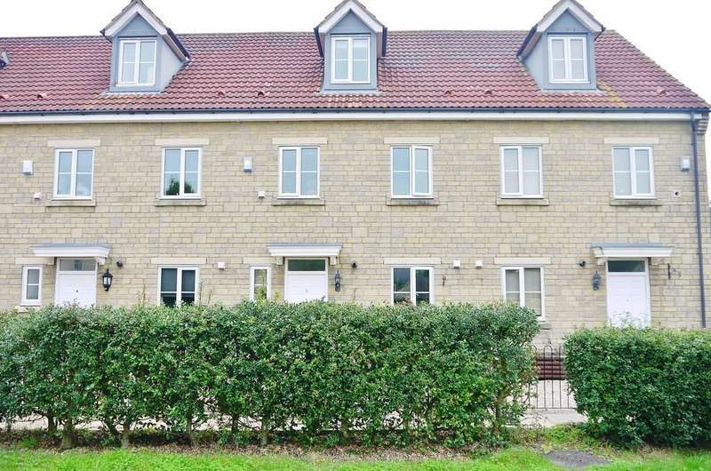 4 Bedrooms Town House for sale in Byre Close, Cricklade
