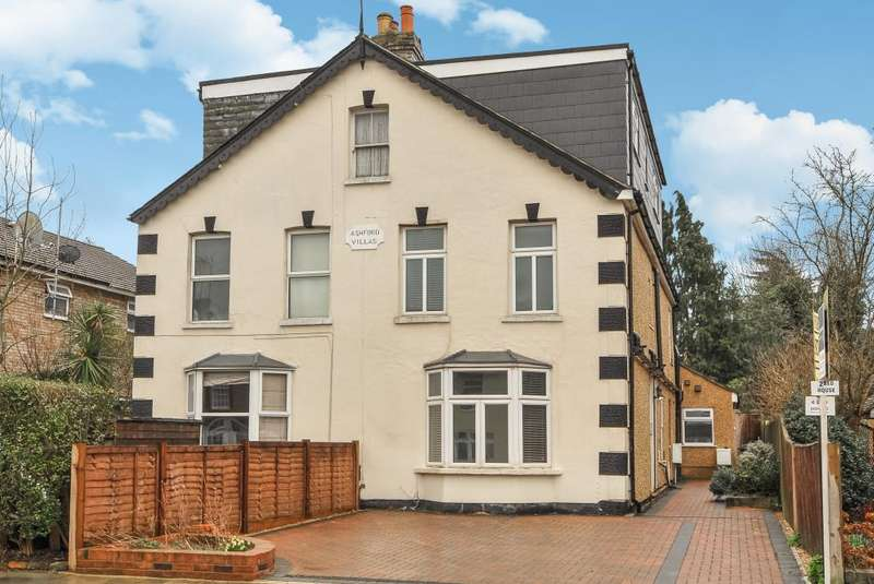 2 Bedrooms House for sale in Leicester Road, New Barnet, EN5