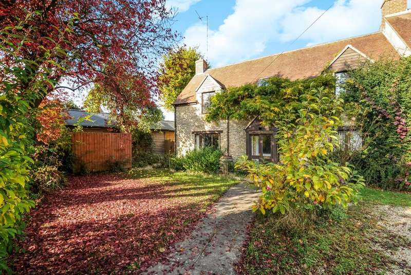 5 Bedrooms House for sale in Lower Heyford, Bicester, OX25