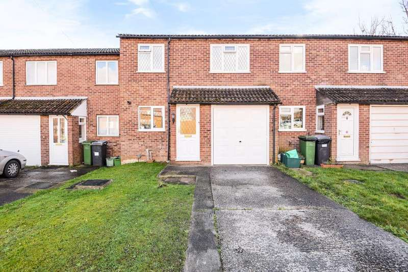 3 Bedrooms House for sale in Derwent Road, Thatcham, Berkshire, RG19