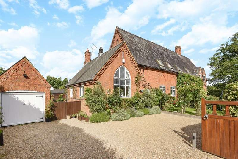 4 Bedrooms House for sale in Binfield, Berkshire, RG42