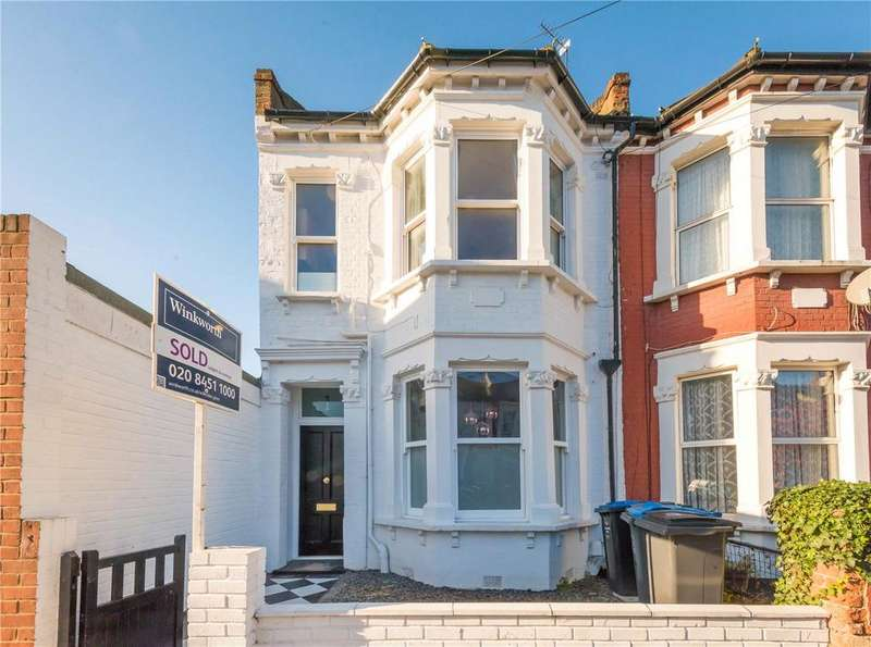 3 Bedrooms Flat for sale in Osborne Road, London, NW2