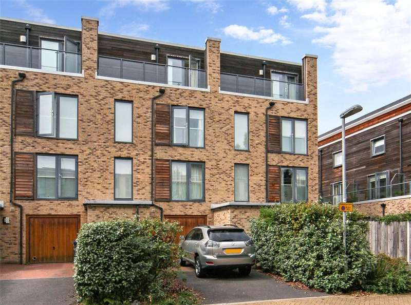 4 Bedrooms Terraced House for sale in Scholars Walk, Cambridge