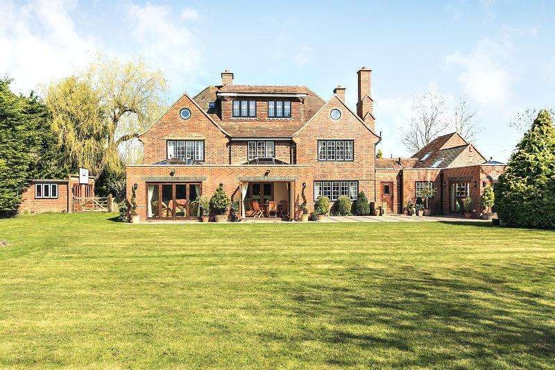 7 Bedrooms Detached House for sale in Winkfield, Berkshire, SL4