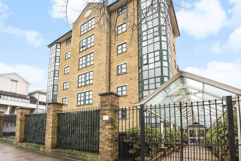 2 Bedrooms Flat for sale in Belvedere Heights, Marylebone, NW8