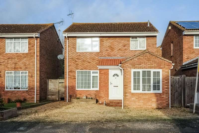3 Bedrooms Detached House for sale in Haydon Hill, Aylesbury, HP19