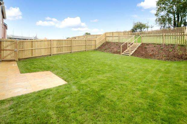 4 Bedrooms Detached House for sale in Kings Gate, Saxon Way, Kingsteignton, Newton Abbot