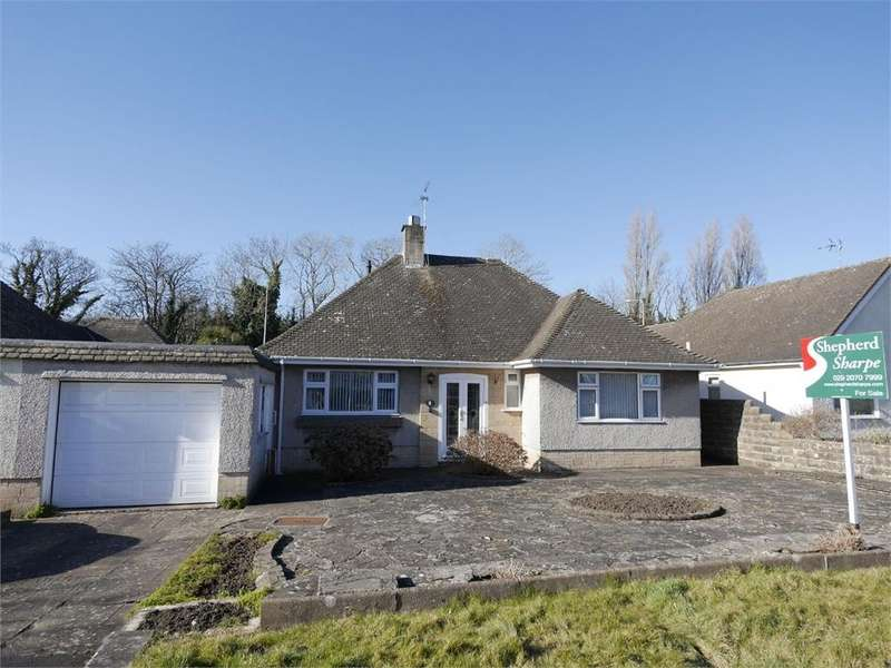2 Bedrooms Detached Bungalow for sale in Charteris Close, Penarth