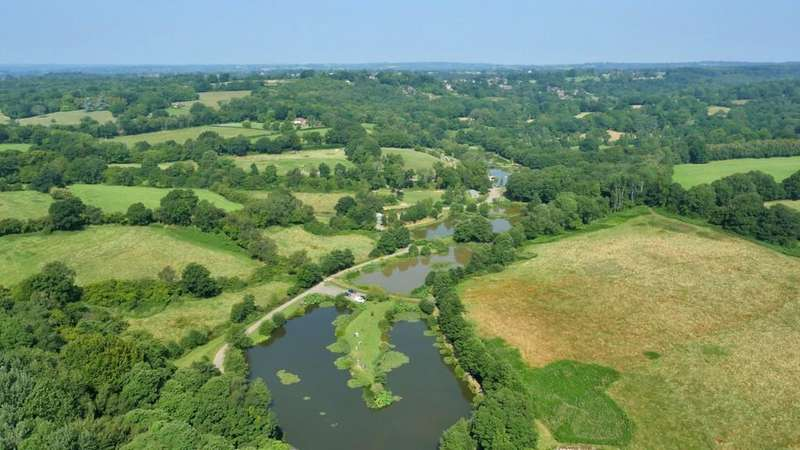 2 Bedrooms Land Commercial for sale in Nr. Uckfield, East Sussex