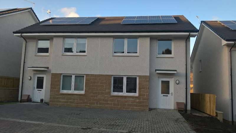3 Bedrooms Semi Detached House for sale in 10 Dunmoss View, Coalsnaughton, Tillicoultry, FK13 6BF