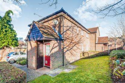 1 Bedroom Maisonette Flat for sale in Pheasant Walk, Oxford, Oxfordshire