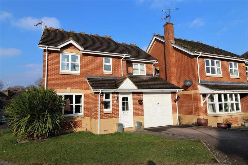 4 Bedrooms Detached House for sale in Primrose Copse, Horsham