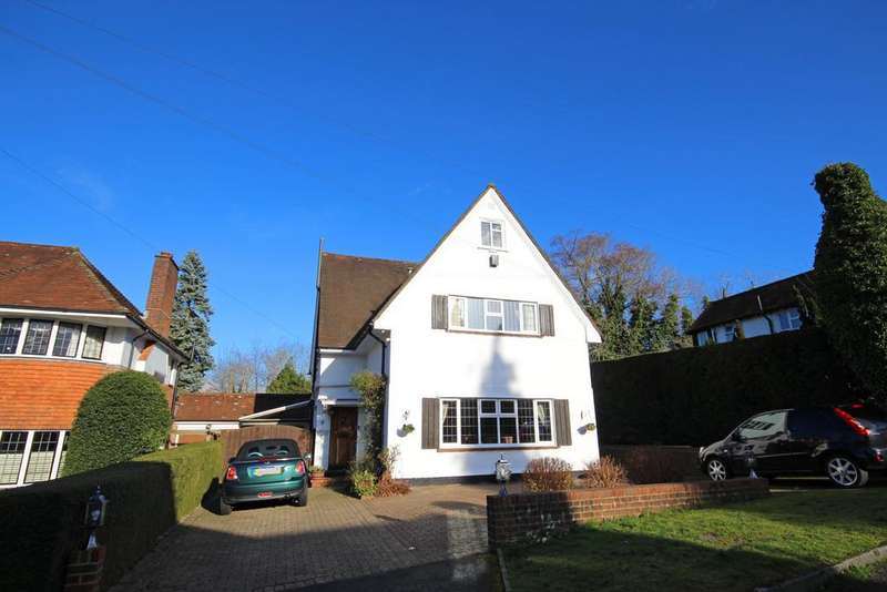 5 Bedrooms Detached House for rent in Chipstead