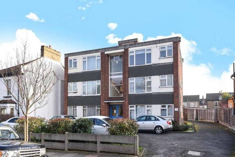 1 Bedroom Flat for sale in Langley Road, Beckenham