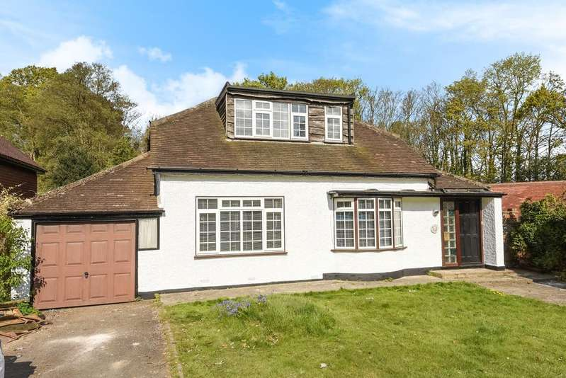 3 Bedrooms Bungalow for rent in Ninhams Wood Keston Park BR6
