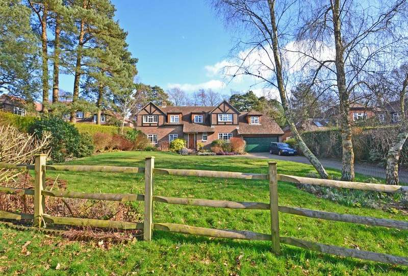 5 Bedrooms Detached House for sale in Storrington, West Sussex RH20