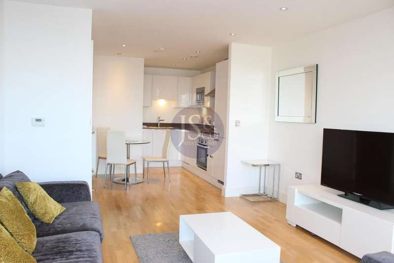 2 Bedrooms Flat for sale in Admirals Tower, Dowells Street, New Capital Quay, Greenwich, SE10 9GE