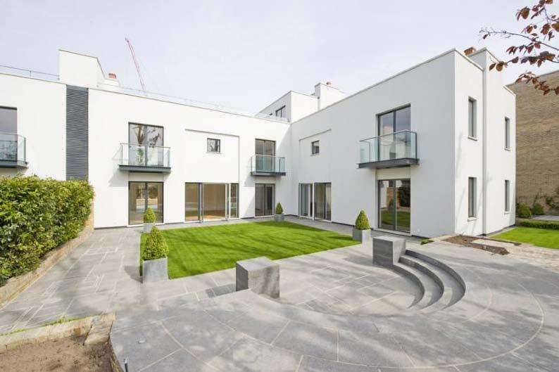 5 Bedrooms Detached House for rent in ONE CROWN YARD, PETERBOROUGH ROAD, FULHAM, SW6