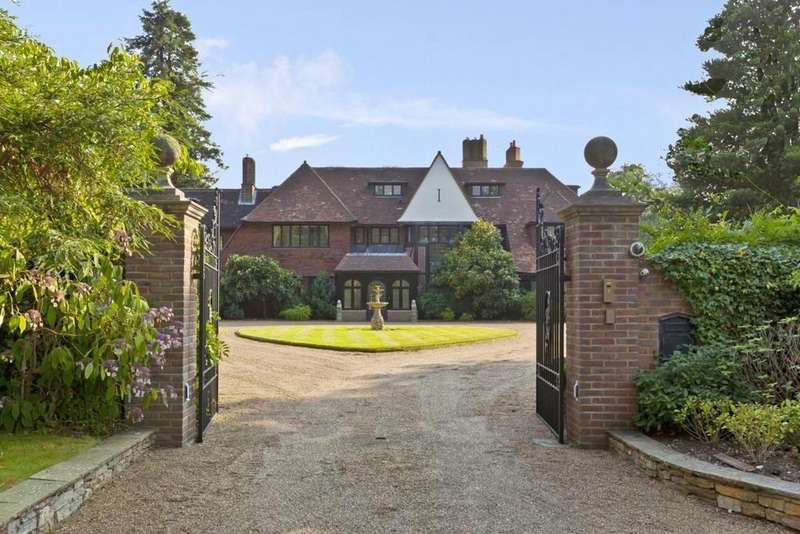 6 Bedrooms Village House for rent in HORSESHOE RIDGE, ST GEORGE'S HILL, WEYBRIDGE, SURREY, KT13