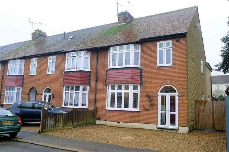 4 Bedrooms End Of Terrace House for sale in Chada Avenue, Gillingham