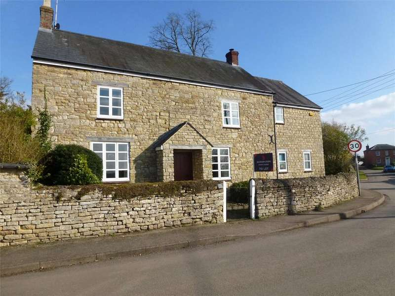 3 Bedrooms Detached House for rent in High Street, Paulerspury, Towcester, Northamptonshire, NN12