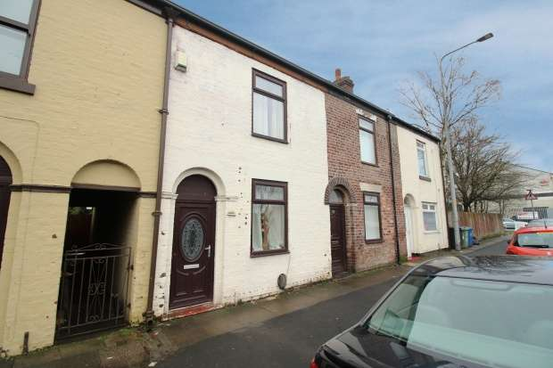 2 Bedrooms Terraced House for sale in Bolton Road, Manchester, Greater Manchester, M46 9JY