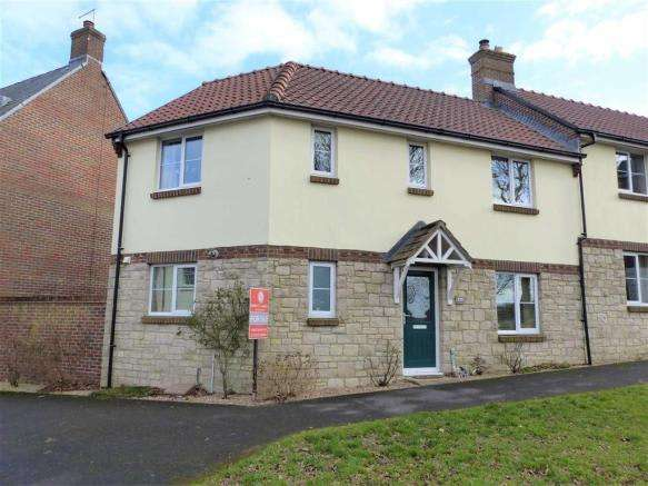 3 Bedrooms Property for sale in Frome Valley Road, Dorchester, Dorset