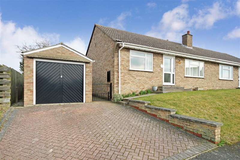 2 Bedrooms Semi Detached Bungalow for rent in Tothill Road, Swaffham Prior, Cambridge