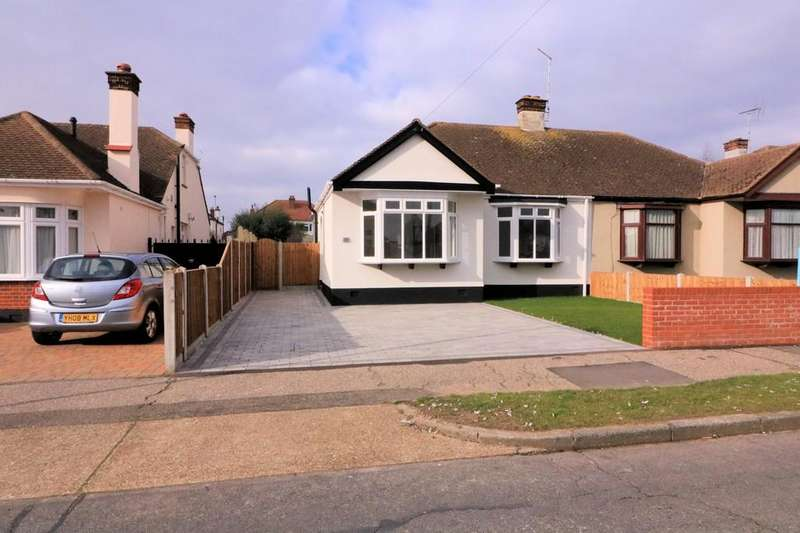 2 Bedrooms Semi Detached Bungalow for sale in Arlington Road, Southend-on-Sea