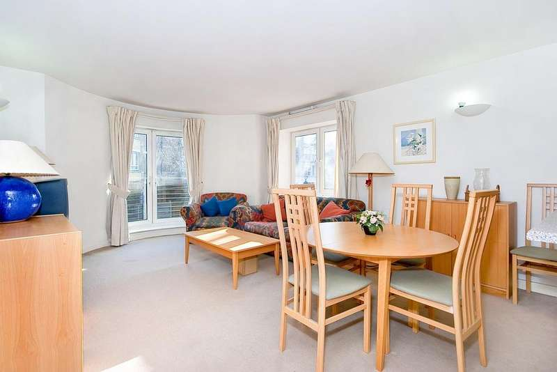 1 Bedroom Flat for sale in Admiral Walk, Carlton gate, London