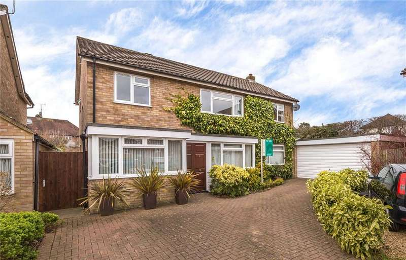 5 Bedrooms Detached House for sale in Holts Meadow, Redbourn, St. Albans, Hertfordshire