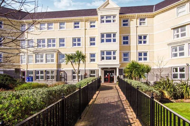 1 Bedroom Apartment Flat for sale in Clarence Road, Llandudno