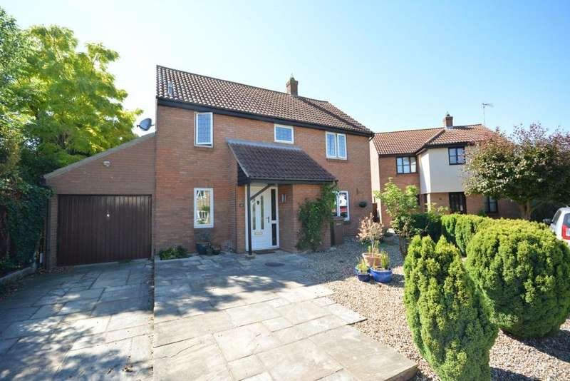 4 Bedrooms Detached House for rent in Yeldham Lock, Chelmsford, CM2