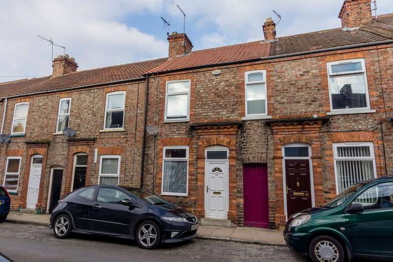 2 Bedrooms Terraced House for sale in Wellington Street, York
