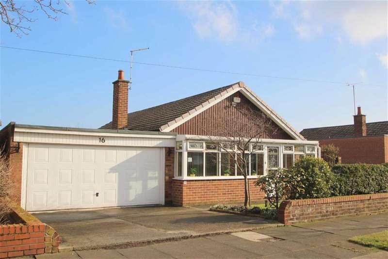 3 Bedrooms Detached Bungalow for sale in Kendal Avenue, Cullercoats, Tyne & Wear, NE30