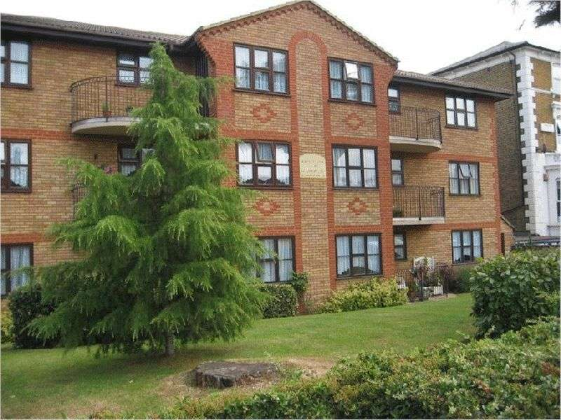 2 Bedrooms Property for sale in Whitehaven Court, Bexleyheath, DA6 8BJ