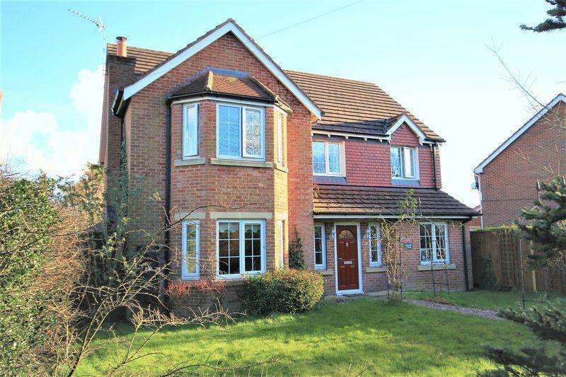 6 Bedrooms Detached House for sale in Sheppenhall Lane, Aston