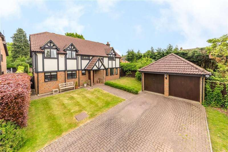 4 Bedrooms Detached House for sale in Anvil Place, St. Albans, Hertfordshire