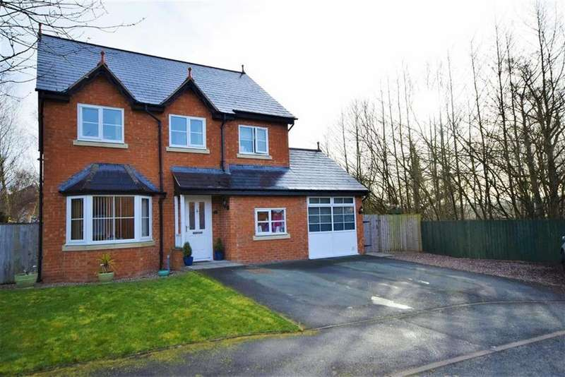 4 Bedrooms Detached House for sale in 19, Cae Melyn, Tregynon, Newtown, Powys, SY16