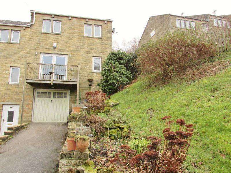 3 Bedrooms Semi Detached House for sale in Blenheim Street, Hebden Bridge