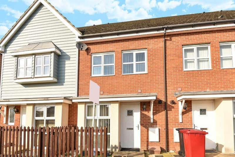 2 Bedrooms House for sale in Eltham Avenue, Slough, Berkshire, SL1