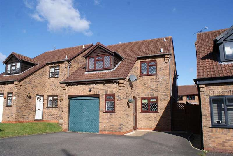 3 Bedrooms Detached House for sale in Harrow Road, Whitnash, Leamington Spa