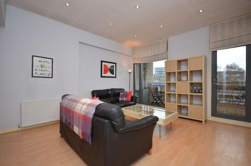 1 Bedroom Flat for sale in Muirhouse Street, Strathbungo, Glasgow, G41 1QD